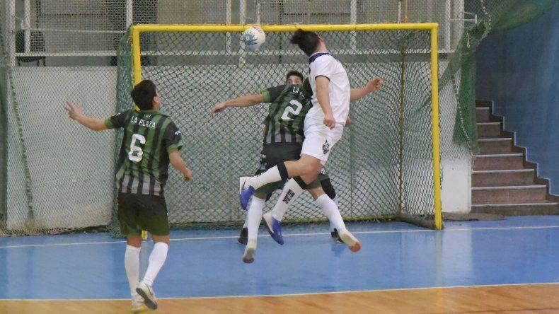 La Plaza Futsal derrotó 4-3 a El Lobito por la categoría A4.