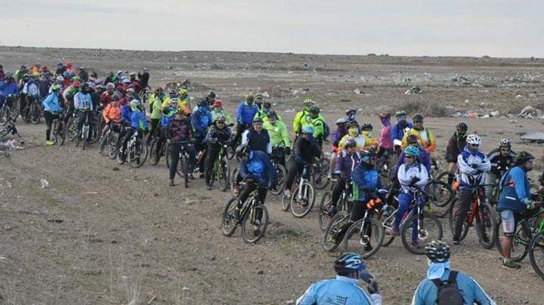 Comodoro tendrá la delegación más grande en la carrera de mountain bike Vuelta Ballenas