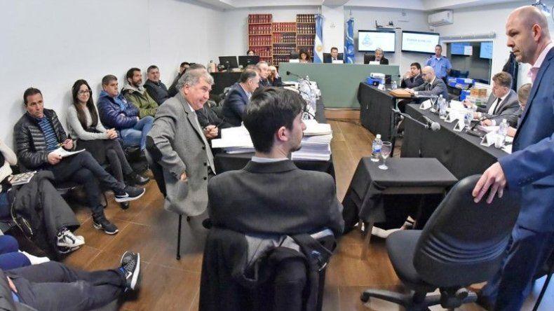 El jefe de fiscales y el secretario privado del gobernador prestaron testimonio en la continuidad del juicio.
