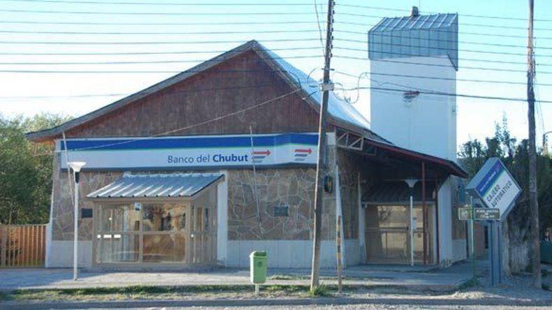 Roban el cajero automático del Banco del Chubut en Río Mayo