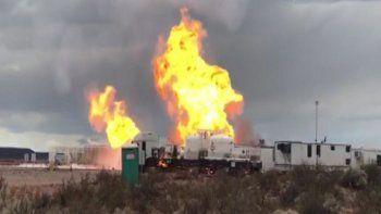 asi fue el incendio en vaca muerta por un escape de gas