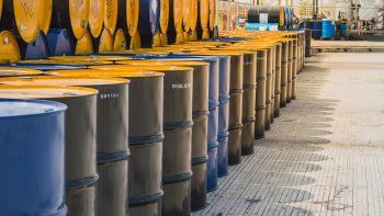 el precio internacional del petroleo se dispara tras el ataque en arabia saudita