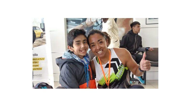 Iris Barrionuevo y Oscar Ruarte fueron los mejores duatletas de la provincia