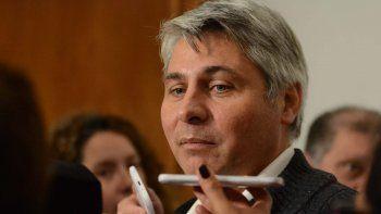 El ministro Cassutti indicó que no es momento de hablar de polítca