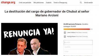 Piden la renuncia de Arcioni y ya hay más de 20 mil firmas