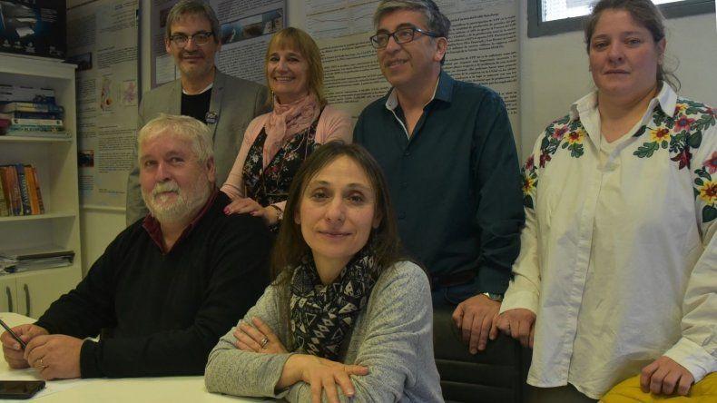 Parte de los profesores que conforman el espacio Convergencia Universitaria.