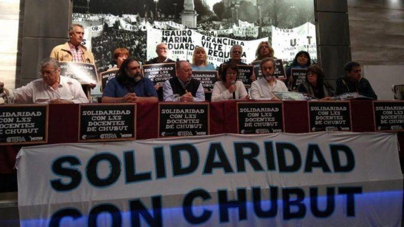 La conferencia de prensa que brindó ayer CTERA en Buenos Aires para anunciar el paro nacional.