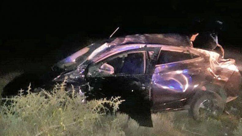 Tres personas heridas en un vuelco cerca de Garayalde