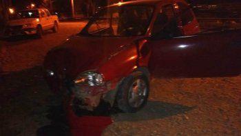 murio una mujer tras chocar con camioneta estacionada