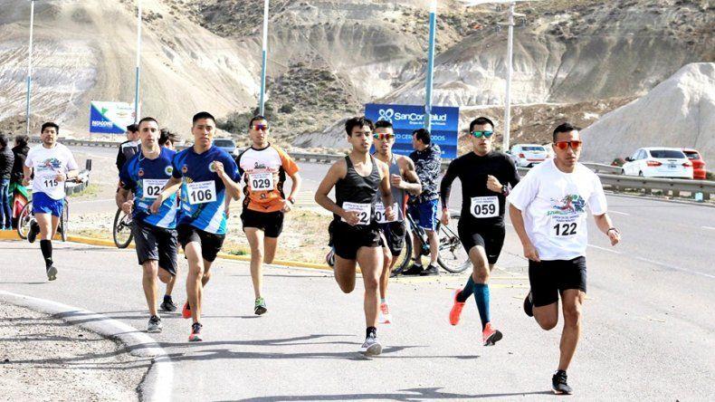Cerca de 200 atletas fueron solidarios al participar en la 7ª edición de la Corrida Día del Inmigrante.