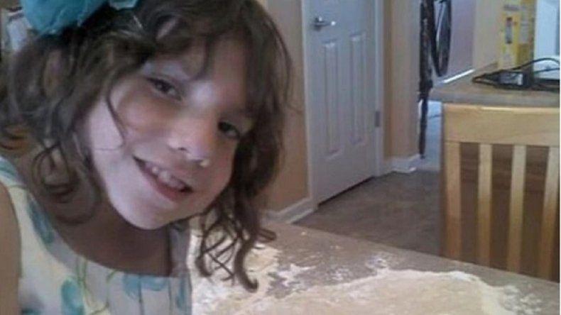 Adoptaron una nena de 6 años que intentó matarlos y en realidad tenía 22