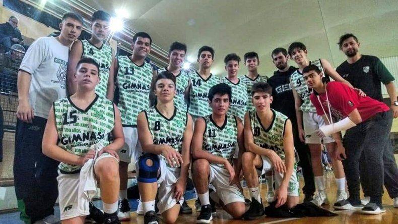 El equipo U15 de Gimnasia y Esgrima de Comodoro Rivadavia que jugará uno de los cuadrangulares semifinales del Campeonato Argentino de Clubes.