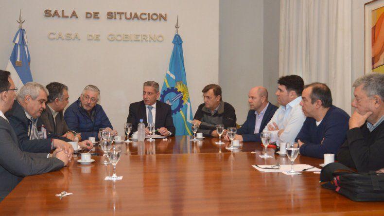 Arcioni junto a Diputados acordaron iniciar una comisión de trabajo