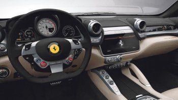 SUV híbrido  de Ferrari