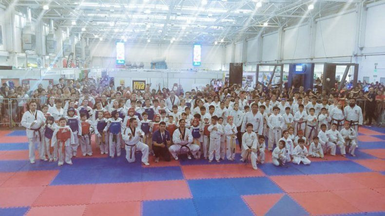 El taekwondo también dice presente.