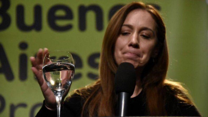 Incómodo momento de Vidal: musicalizaron su acto con la canción Mentirosa