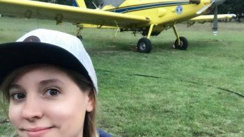 Vanina Busniuk, una comodorense que hace historia en la aviación argentina.