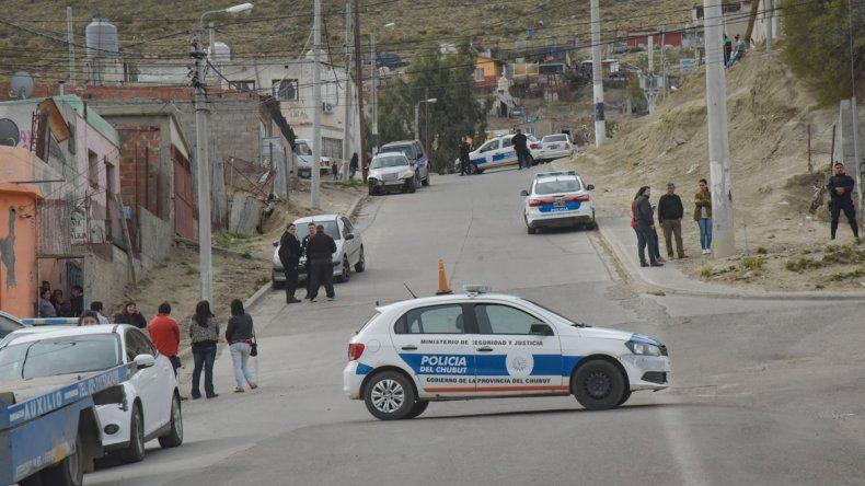 Ariel González murió ayer tras recibir cuatro puñaladas en un domicilio del barrio Las Flores.