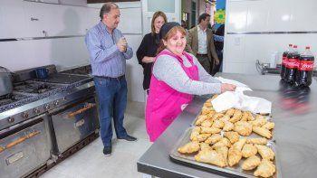 en el pietrobelli se inauguro la cocina del cpb los grillitos