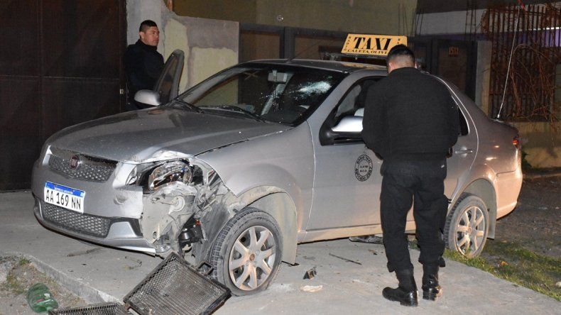 El taxista dijo que luego de escapar de su cautiverio y tratar de alejarse con su auto