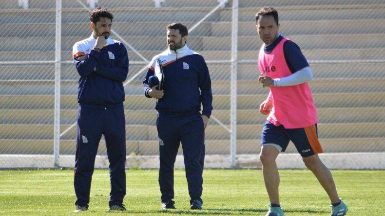 Los entrenadores Nicolás Segura y Andrés Silvera