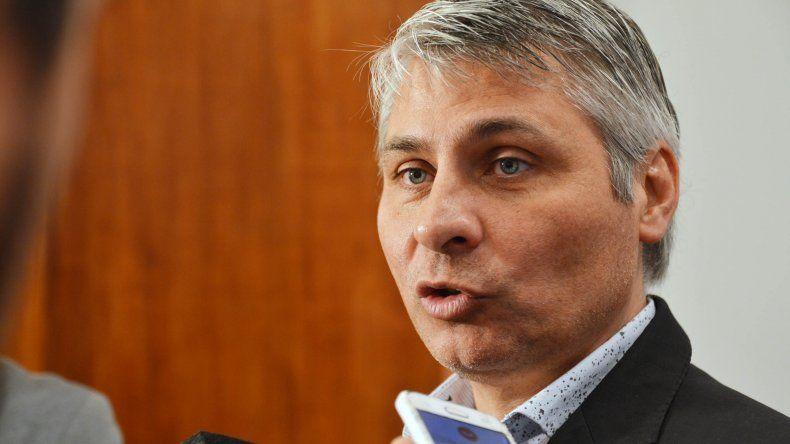 Cassutti adelantó que en una semana reintegrarán el dinero por los descuentos mal aplicados