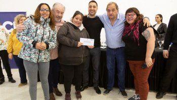 Linares: este año entregamos más de 53 millones de pesos para cooperadoras y bibliotecas públicas