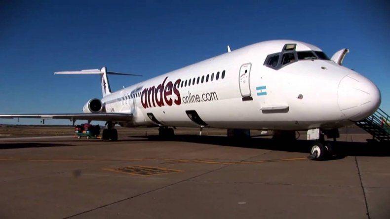 Andes dejó varados a cientos de pasajeros luego de suspender sus vuelos a Chubut