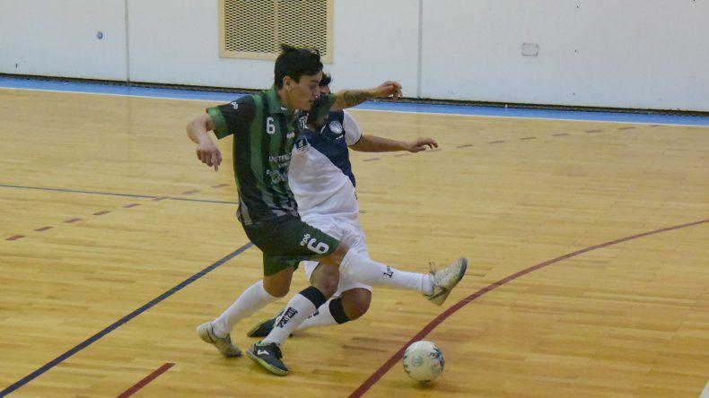 Casi cuarenta partidos se jugarán este fin de semana por una nueva fecha del torneo Clausura de futsal.