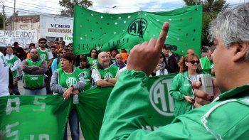 No habrá más licencias gremiales en Chubut