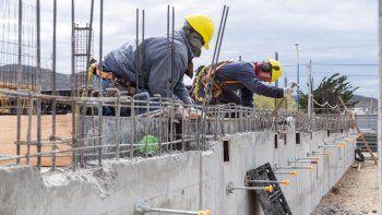 avanza a buen ritmo la obra de la pileta municipal