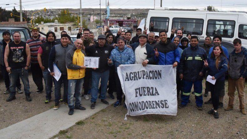 Saneamiento: le apareció un opositor a José Santiago