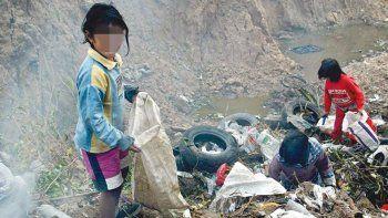 trelew y rawson sumaron 15 mil nuevos pobres y mas de 7 mil indigentes durante el ultimo ano
