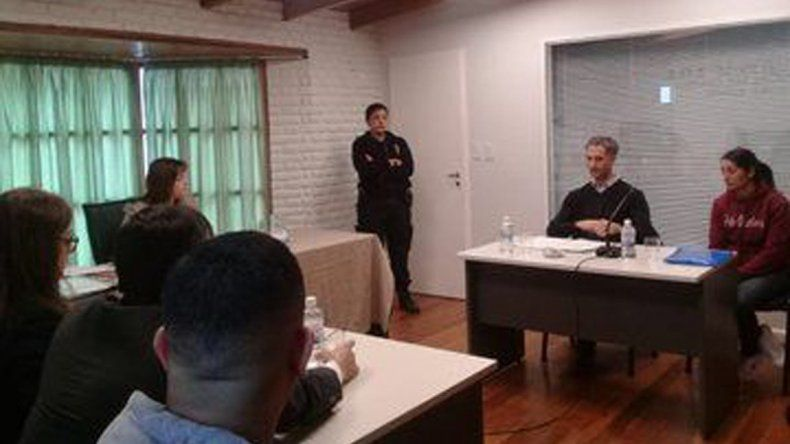 Yanina Bravo fue sometida en la ciudad de Trelew a una audiencia judicial de apertura de la investigación