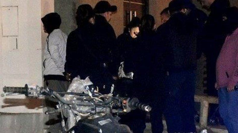 Un gran despliegue de móviles y personal policial se registró en jueves por la noche en la avenida costanera