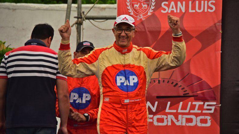 Antonio Prevedello se consagró campeón argentino de rally con 67 años.