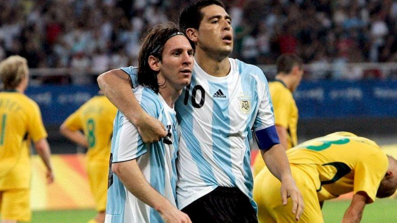 ¿Messi se suma a la despedida de Riquelme?