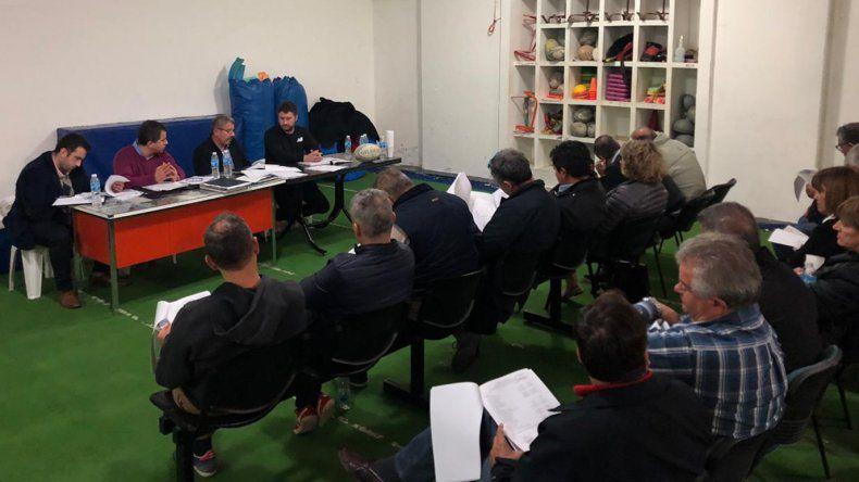 Marcelo Varone sigue como presidente de Comodoro RC