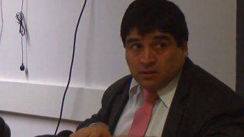 Oscar Alarcón ya fue condenado por percibir doble sueldo del Estado.