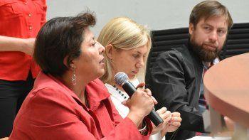 navarro pide que el poder judicial intervenga en el conflicto docente