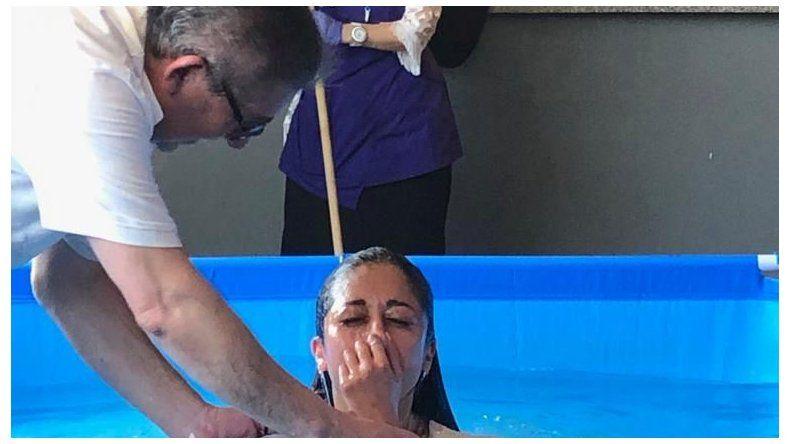 Durante la asamblea de los Testigos  de Jehová se bautizaron 37 personas