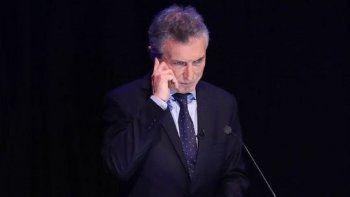 ¿Macri tenía un audífono en el debate?