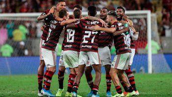 Flamengo aplastó a Gremio y será el rival de River en la final