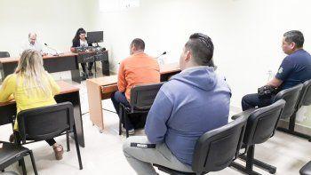 Los efectivos policiales recibieron penas de prisión en suspenso.