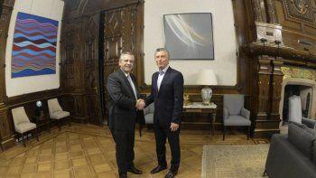 Alberto consideró positiva la reunión de ayer con Macri