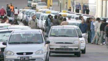 Remiseros se movilizarán a la Unidad Regional para reclamar la vuelta de los retenes