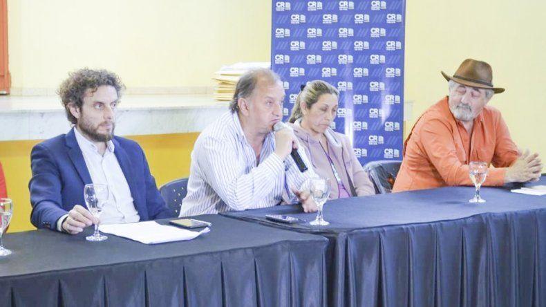 El intendente Carlos Linares anticipó más licitaciones para lo que queda de su gestión.