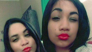 se hicieron amigas en la escuela y descubrieron que eran hermanas por una selfie
