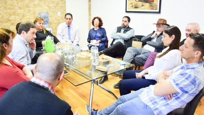 Luque se reunió con concejales electos del Frente de Todos