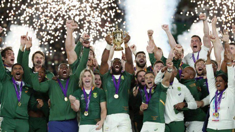 Sudáfrica aplastó a Inglaterra y es campeón del mundo